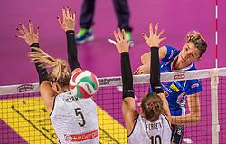 27-11-2016 ITA: Gorgonzola Igor Volley Novara - Nordmeccanica Modena, Novara<br /> Nova wint in drie sets van Modena / Francesca Piccinini #12