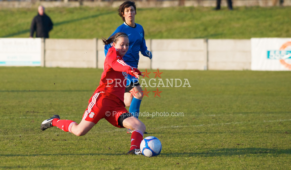 SKELMERSDALE, ENGLAND - Sunday, December 14, 2008: Liverpool's Cheryl Foster scores the opening goal against Birmingham City during the Women's FA Premier League match at the Ashley Travel Stadium. (Photo by Dr. Gwyneth Tyrer/Propaganda)