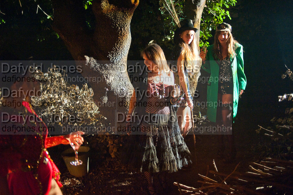 BILLY DE MELLO; CHARLOTTE SUTTERS; RUBY BOBLIONE; LUCY WRIGHT;, 18th birthday party for Ruby Boglione. Petersham House. London. 4 September 2010. -DO NOT ARCHIVE-© Copyright Photograph by Dafydd Jones. 248 Clapham Rd. London SW9 0PZ. Tel 0207 820 0771. www.dafjones.com.