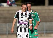 10.9.2016, Paavo Nurmen stadion, Turku.<br /> Ykkönen 2016.<br /> Turun Palloseura - Kokkolan Pallo-Veikot.<br /> Juri Kinnunen (TPS) v Timo Rauhala (KPV).
