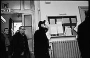 Giorgio Napolitano al seggio elettorale per il voto sul referendum di riforma costituzionale, Roma 04 Dicembre 2016. Christian Mantuano / OneShot<br /> <br /> Giorgio Napolitano, former Italian President, in polling station during the referendum on the government's constitutional reform law on December 04, 2016 in Rome, Italy. Christian Mantuano / OneShot