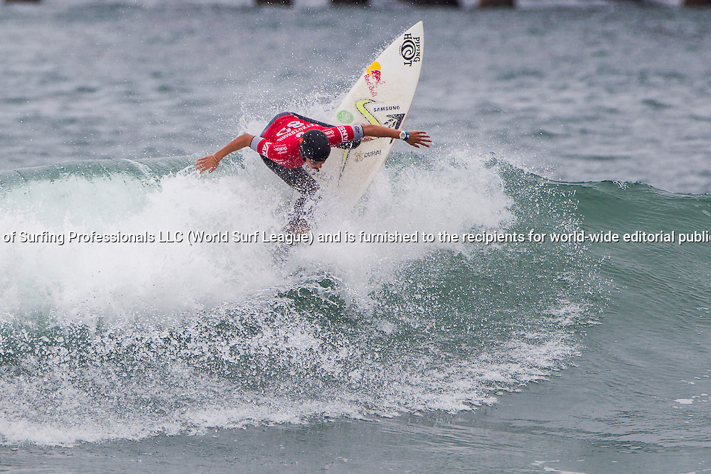 HUNTINGTON BEACH, CA, USA - Wednesday July 29th 2015 -  Sally Fitzgibbons (AUS) won her round two heat and advanced into round three at the Vans US Open of Surfing. <br /> Image: &copy; WSL/Rowland<br /> Photographer: Sean Rowland<br /> Social Media: @wsl @nomadshotelsc<br /> This Image is the Copyright of the World Surf League. It is for editorial use only. No commercial rights granted.