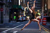 Dance As Art New York City Photography Project Midtown Manhattan with ballet dancer, Rochelle Rankin en pointe.