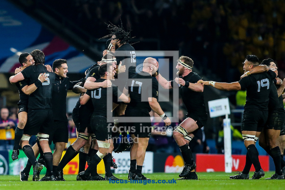 New Zealand players celebrate after the final of the 2015 Rugby World Cup at Twickenham Stadium, Twickenham<br /> Picture by Andy Kearns/Focus Images Ltd 0781 864 4264<br /> 31/10/2015
