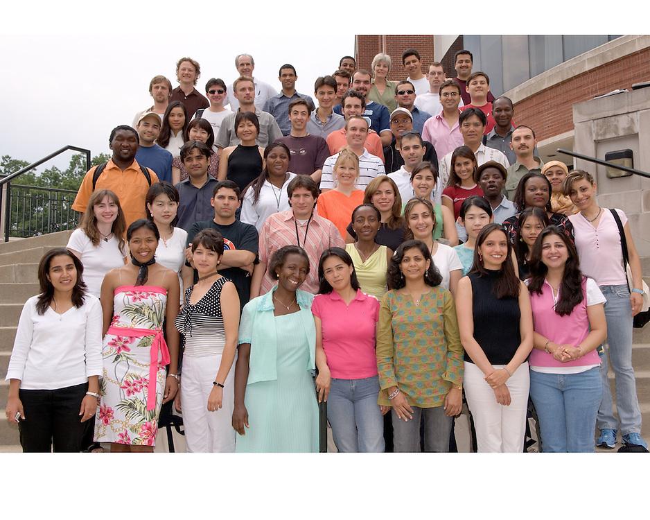 17064 Fulbright Group Portrait 8/15/05