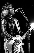 Joan Jet in concert with The Runaways live in London 1980