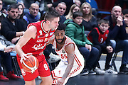 Kalnietis Mantas e Harrow Ryan, EA7 Emporio Armani Milano vs Consultinvest Pesaro, LBA serie A 14^ giornata stagione 2016/2017, Mediolanum Forum Milano 2 gennaio 2017