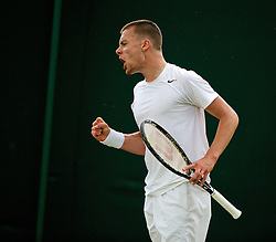 28.06.2014, All England Lawn Tennis Club, London, ENG, ATP Tour, Wimbledon, im Bild Joshua Sapwell (GBR) during the Boys' Singles 1st Round match on day six // 15065000 during the Wimbledon Championships at the All England Lawn Tennis Club in London, Great Britain on 2014/06/28. EXPA Pictures © 2014, PhotoCredit: EXPA/ Propagandaphoto/ David Rawcliffe<br /> <br /> *****ATTENTION - OUT of ENG, GBR*****