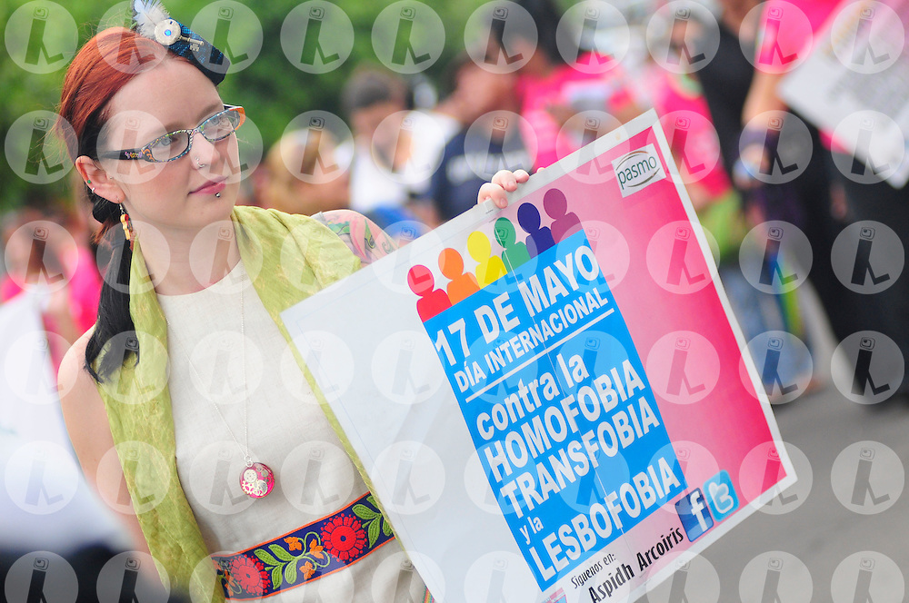 Members of the transgender community participate Saturday May 15, 2011 in the march to celebrate the International Day Against Homophobia, transphobia and lebosfobia in San Salvador, El Salvador.Photo: Wilton Castillo/Imagenes Libres