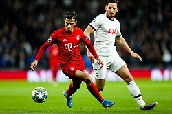 Philippe Coutinho of Bayern Munich and Jan Vertonghen of Tottenham Hotspur - Rogan/JMP - 01/10/2019 - FOOTBALL - Tottenham Hotspur Stadium - London, England - Tottenham Hotspur v Bayern Munich - UEFA Champions League Group B.
