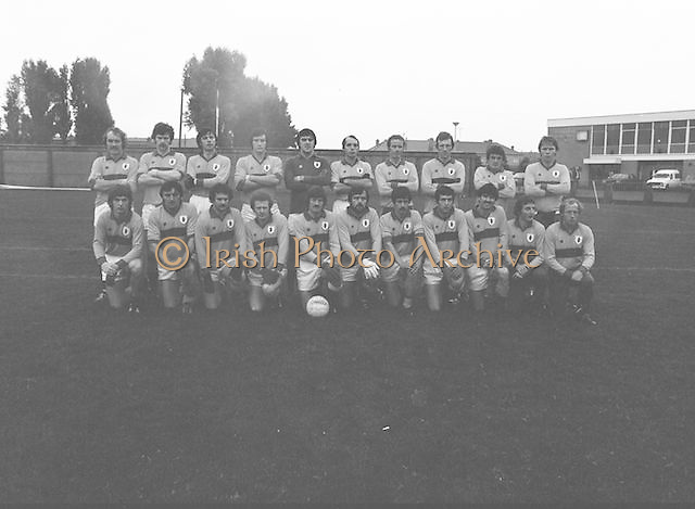 The Guinness team before the Guinness v Garda Gaelic Football Club Tournament Final on the 14th October 1979.