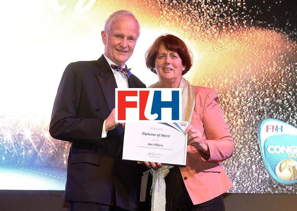 DUBAI, UNITED ARAB EMIRATES - NOVEMBER 11: Jan Albers recieves Diploma of Merit from Marijke Fleuren at the Hockey Revolution Part 2 No Limits Ball on November 11, 2016 in Dubai, United Arab Emirates.  (Photo by Tom Dulat/Getty Images)