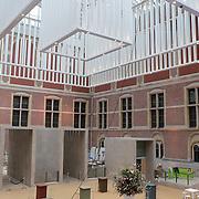 NLD/Amsterdam/20120209 - Bn' ers gefotografeerd als de Nachtwacht voor het Goed Geld Gala 2012, verbouwing Rijksmuseum