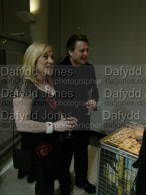Gary Webster and Wendy Turner-Webster. Cocktail party celebrating Born Free Foundation 21 years anniversary.  Royal Geographical Society, Kensington Gore. 14 march 2005. ONE TIME USE ONLY - DO NOT ARCHIVE  © Copyright Photograph by Dafydd Jones 66 Stockwell Park Rd. London SW9 0DA Tel 020 7733 0108 www.dafjones.com