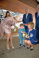 9-3-2016 - ANTWERPEN - Daniela Schadt and queen mathilde to Museum of Fashion, Antwerp , STATE VISIT OF THE PRESIDENT OF THE FEDERAL REPUBLIC OF GERMANY Joachim Gauck and his wife Daniela Schadt to Belgium king Filip and queen mathilde . copyright robin utrecht<br /> staatsbezoek , statevisit<br /> 9-3-2016 - ANTWERP - Daniela Schadt and Queen Mathilde to Fashion Museum, Antwerp, STATE VISIT OF THE PRESIDENT OF THE FEDERAL REPUBLIC OF GERMANY Joachim Gauck and his wife Daniela Schadt to Belgium King Philippe and Queen Mathilde. copyright Robin Utrecht<br /> state visit, state visit