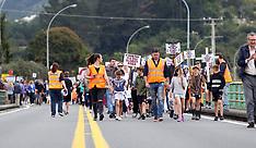 Tauranga-Protestors block SH2 to raise road safety concerns