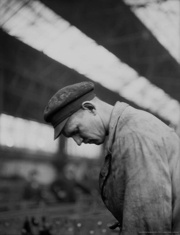 Worker, C.H. Jucho Steel Construction, Dortmund, 1928