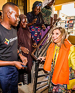 1-11-2017 ABUJA NIGERIA  Koningin Maxima Bezoek aan Diamond Yellow agency Diamond Yellow is de naam van de bankagentschappen van de 