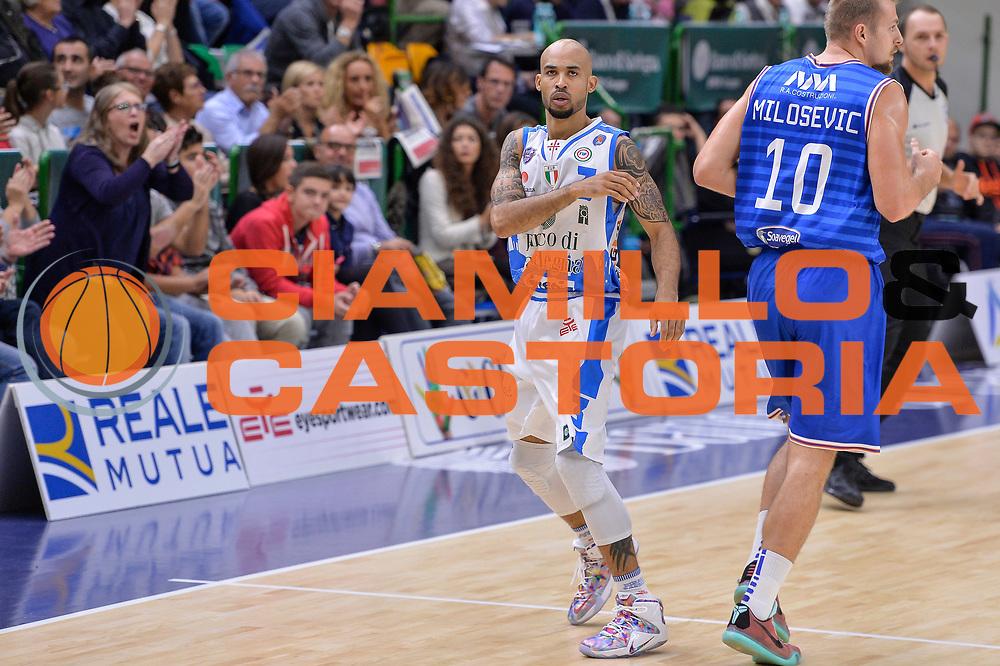 DESCRIZIONE : Beko Legabasket Serie A 2015- 2016 Dinamo Banco di Sardegna Sassari - Enel Brindisi<br /> GIOCATORE : David Logan<br /> CATEGORIA : Ritratto Esultanza<br /> SQUADRA : Dinamo Banco di Sardegna Sassari<br /> EVENTO : Beko Legabasket Serie A 2015-2016<br /> GARA : Dinamo Banco di Sardegna Sassari - Enel Brindisi<br /> DATA : 18/10/2015<br /> SPORT : Pallacanestro <br /> AUTORE : Agenzia Ciamillo-Castoria/L.Canu