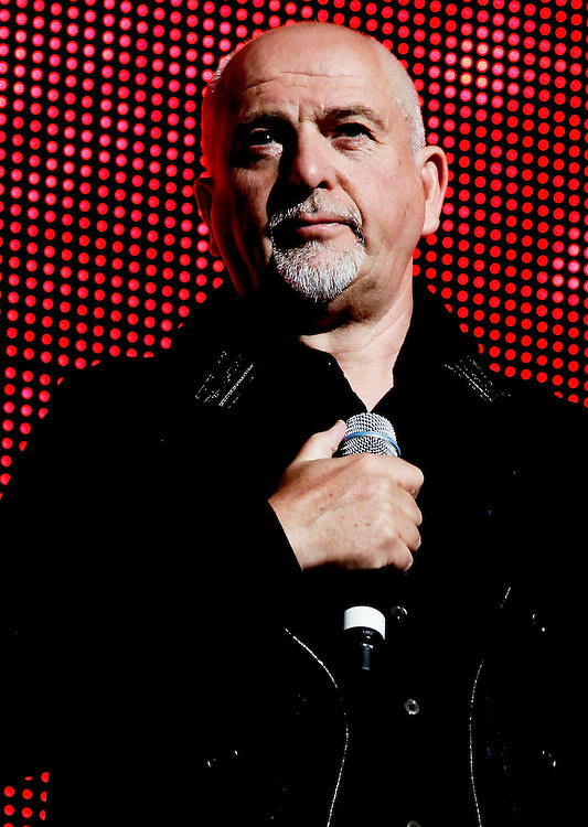 "NEW YORK - MAY 02:  Musician Peter Gabriel performs his album ""Scratch My Back"" at Radio City Music Hall on May 2, 2010 in New York City.  (Photo by Joe Kohen/WireImage)"