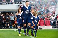 EINDHOVEN, afscheid Mark van Bommel, PSV - Team Bommel, seizoen 2013-2014, 18-07-2013, Philips Stadion, Mark van Bommel en zijn kinderen komen het veld op.
