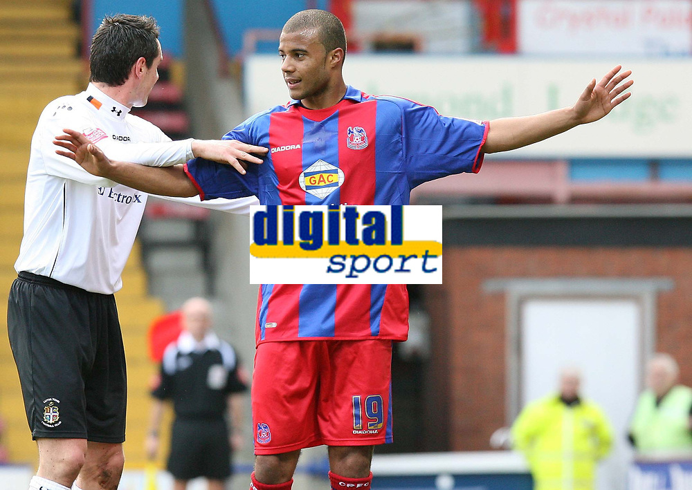 Photo: Alex Pelaez.<br /> Crystal Palace v Luton Town. Coca Cola Championship. 24/02/2007.<br /> Spring of Luton grabs Soares of Palace during a corner kick