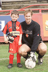 MASCOT JACK COX WITH KETTERING TOWN KEEPER ADAM SOLLITT HEREFORD GAME 22ND APRIL 2000