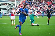 UTRECHT, FC Utrecht - PSV, voetbal Eredivisie seizoen 2014-2015, 26-10-2014, Stadion de Galgenwaard, PSV speler Georginio Wijnaldum (M) heeft de 1-5 gescoord, FC Utrecht keeper Jeroen Verhoeven (2R) en FC Utrecht speler Christian Kum (2L) zijn kansloos.