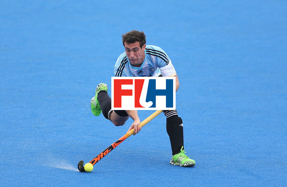 LONDON, ENGLAND - JUNE 24: Diego Paz of Argentina in action during the semi-final match between Argentina and Malaysia on day eight of the Hero Hockey World League Semi-Final at Lee Valley Hockey and Tennis Centre on June 24, 2017 in London, England. (Photo by Steve Bardens/Getty Images)