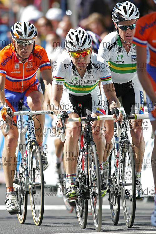 (Geelong, Australia---03 October 2010) Cadel Evans of Australia racing in the elite men's road race in the 2010 UCI Road World Championships, held in Geelong, Victoria, Australia. Photograph 2010 copyright Sean Burges / Mundo Sport Images