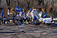Roma 6 Marzo 2015<br /> Manifestazione degli animalisti  contro le nuove rimesse per i cavalli delle botticelle a villa Borghese. Le  121 casette - chalette - scuderie per 38 vetturini sono state costruite nel cuore di villa Borghese al Pincio, villa storica tutelata dall'Unesco, sventrando un area di 2 ettari al costo di 1.350.000 euro pubblici.<br /> Rome, March 6, 2015<br /> Animal rights demonstration against new remittances for the Horse-Drawn Carriage in Villa Borghese. The 121 houses - chalette - stables for 38 coachmen were built in the heart of Villa Borghese to the Pincio, historic villa protected by UNESCO, ravaging an area of 2 hectares at a cost of 1.35 million Euros public.