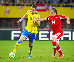 07.06.2013, Ernst Happel Stadion, Wien, AUT, FIFA WM Qualifikation, Oesterreich vs Schweden, im Bild Zlatan Ibrahimovic, (SWE, #10), Julian Baumgartlinger, (AUT, #14)// during the FIFA World Cup Qualifier Match between Austria and Sweden at the Ernst Happel Stadium, Vienna, Austria on 2013/06/07. EXPA Pictures © 2013, PhotoCredit: EXPA/ Sebastian Pucher