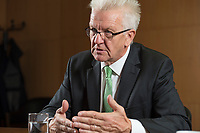 25 SEP 2015, BERLIN/GERMANY:<br /> Winfried Kretschmann, B90/ Gruene, Ministerpraesident Baden-Wuerttemberg, waehrend einem Interview, Bundesrat<br /> IMAGE: 20150925-02-010