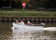 © Licensed to London News Pictures. 31/10/2014. Kingston Upon Thames, UK People enjoy the warm weather on the River Thames in Kingston Upon Thames today 31st October 2014. forecasters are predicting It could be the warmest halloween on record. Photo credit : Stephen Simpson/LNP