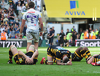 Rugby Union - 2017 Aviva Premiership Final - Exeter Chiefs vs. Wasps<br /> <br /> Wasps players fall to the ground after defeat, at Twickenham.<br /> <br /> COLORSPORT/ANDREW COWIE