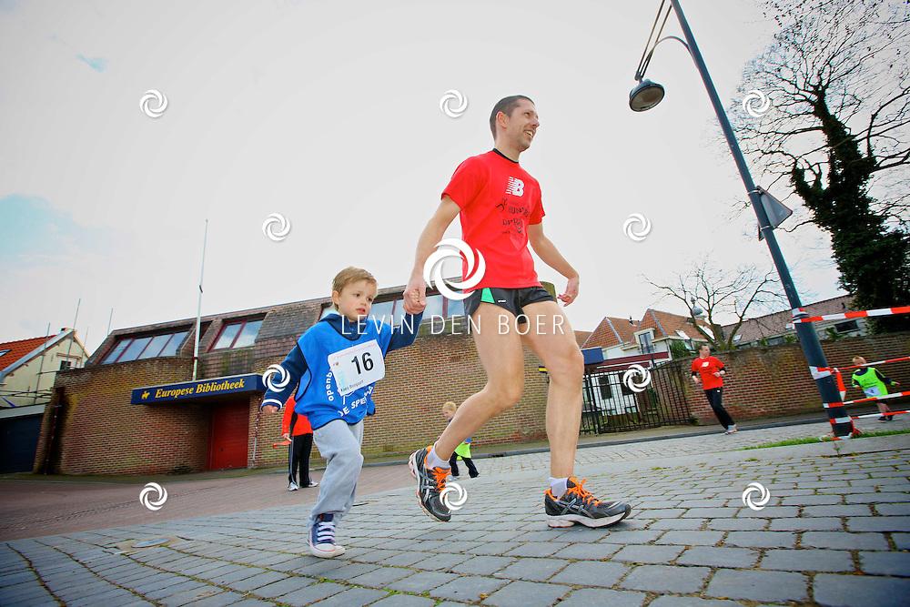ZALTBOMMEL - De jaarlijkse Promenadeloop van Roparun is weer een groot succes. FOTO LEVIN DEN BOER - PERSFOTO.NU