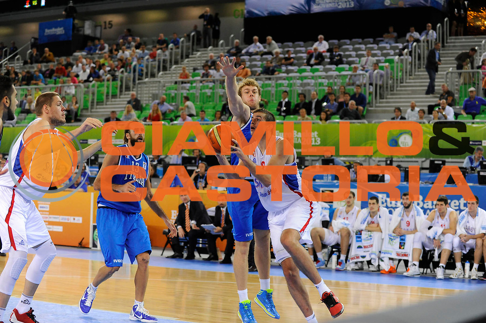 DESCRIZIONE : Lubiana Ljubliana Slovenia Eurobasket Men 2013 Finale Settimo Ottavo Posto Serbia Italia Final for 7th to 8th place Serbia Italy<br /> GIOCATORE : Nemanja Bjelica <br /> CATEGORIA : palleggio dribble<br /> SQUADRA : Serbia Serbia<br /> EVENTO : Eurobasket Men 2013<br /> GARA : Serbia Italia Serbia Italy<br /> DATA : 21/09/2013 <br /> SPORT : Pallacanestro <br /> AUTORE : Agenzia Ciamillo-Castoria/H.Bellenger<br /> Galleria : Eurobasket Men 2013<br /> Fotonotizia : Lubiana Ljubliana Slovenia Eurobasket Men 2013 Finale Settimo Ottavo Posto Serbia Italia Final for 7th to 8th place Serbia Italy<br /> Predefinita :