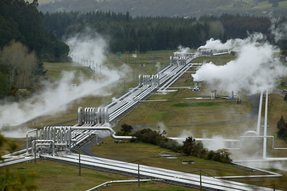 Wairakei Geothermal Power project where steam from the ground is harnessed into generating electricity, the first such project in the world, Taupo, New Zealand,  April 28, 2005. Credit:SNPA / Rob Tucker