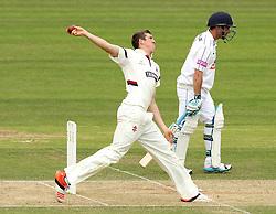 Somerset's Craig Overton bowls - Photo mandatory by-line: Robbie Stephenson/JMP - Mobile: 07966 386802 - 23/06/2015 - SPORT - Cricket - Southampton - The Ageas Bowl - Hampshire v Somerset - County Championship Division One
