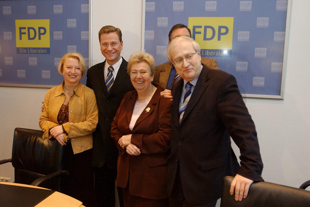 02 DEC 2002, BERLIN/GERMANY:<br /> Cornelia Pieper, FDP Generalsekretaerin, Guido Westerwelle, FDP Bundesvorsitzender, Ruth Wagner, FDP Landesvorsitzende Hessen, und Rainer Bruederle, Stellv. FDP Bundesvorsitzender, (v.L.n.R.), vor Beginn der Sitzung FDP Praesidium, Thomas-Dehler-Haus<br /> IMAGE: 20021202-01-006<br /> KEYWORDS: Rainer Br&uuml;derle, Pr&auml;sidium