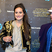 NLD/Amsterdam/20151215 - première van STAR WARS: The Force Awakens!, Jill Schirnhofer en vriendin ......