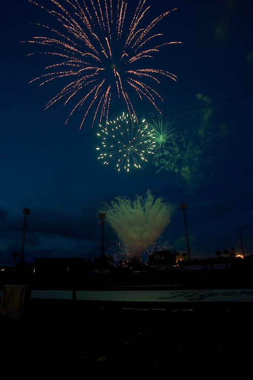 Bell's Fireworks Display at Lakeland, Florida's Marchant Stadium also known as Tiger Town in June  2006. PHOTO/SCOTT AUDETTE