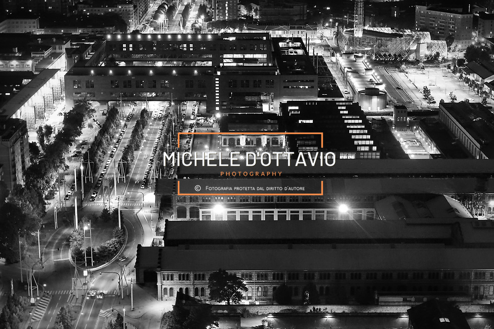 OGR Torino riqualificate e restituite alla città da Fondazione CRT, nasce a Torino il Distretto della Creatività e dell'Innovazione, punto d'incontro di mostre, spettacoli, concerti, eventi di teatro e danza, laboratori, start up e imprese innovative.