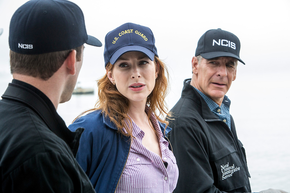 "Lucas Black as Special Agent Christopher LaSalle, Diane Neal as CGIS Agent Abigail Borin, and Scott Bakula as Special Agent Dwayne Pride in CBS's ""NCIS: New Orleans"" Season 1"