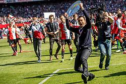 14-05-2017 NED: Kampioenswedstrijd Feyenoord - Heracles Almelo, Rotterdam<br /> In een uitverkochte Kuip pakt Feyenoord met een 3-0 overwinning het landskampioenschap /