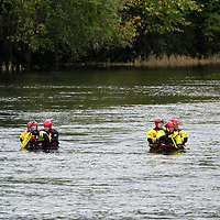 Firefighters from the Scottish Fire & Rescue Service and Paramedics from the Scottish Ambulance Service parctice water rescue skills in the River Tay in Perth….31.10.17<br />