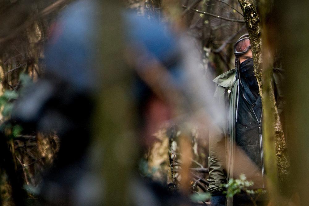 © Benjamin Girette / IP3 PRESS : le 23 Novembre 2012 - Operation d'evacuation par les forces de police - Dans la ZAD (Zone a Defendre) - Territoire prévu pour le projet d'aeroport - a proximité de Notre Dame des Landes.