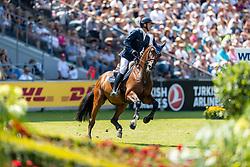 MUFF Werner (SUI), Daimler<br /> Aachen - CHIO 2018<br /> Rolex Grand Prix 1. Umlauf<br /> Der Grosse Preis von Aachen<br /> 22. Juli 2018<br /> © www.sportfotos-lafrentz.de/Stefan Lafrentz