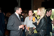 ED TAYLOR; TYRONE WOOD; ALEXANDRA WEAVER;, The launch of the Peroni Nastro Azzurro Accademia del Film Wrap Party Tour. Brick Lane. 25 August 2010. -DO NOT ARCHIVE-© Copyright Photograph by Dafydd Jones. 248 Clapham Rd. London SW9 0PZ. Tel 0207 820 0771. www.dafjones.com.