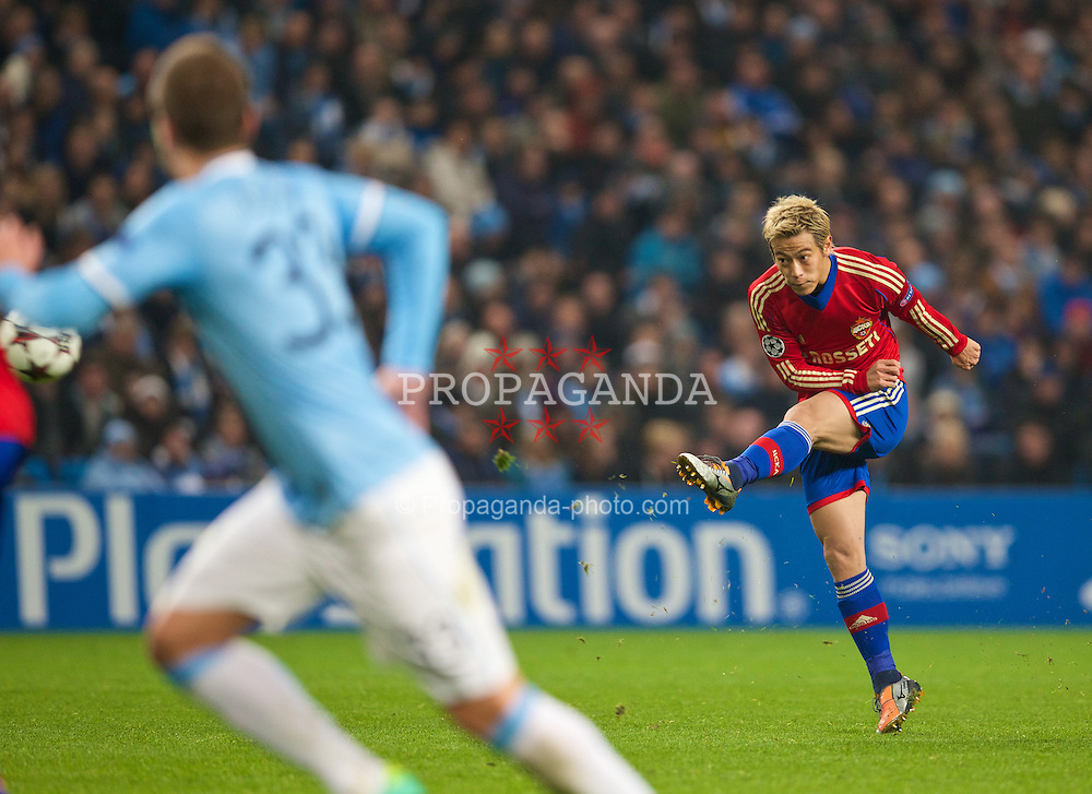 MANCHESTER, ENGLAND - Tuesday, November 5, 2013: CSKA Moscow's Keisuke Honda in action against Manchester City during the UEFA Champions League Group D match at the City of Manchester Stadium. (Pic by David Rawcliffe/Propaganda)